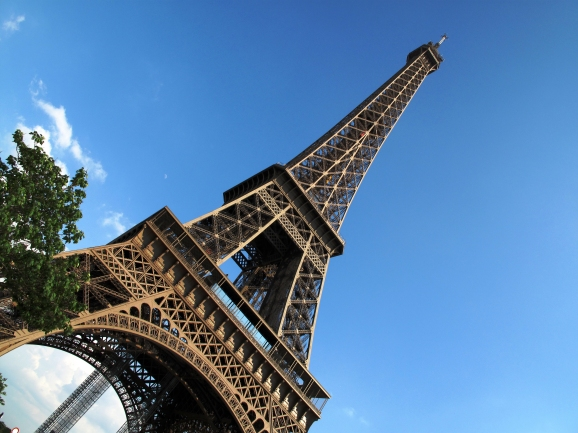 Eiffel tower in its glory