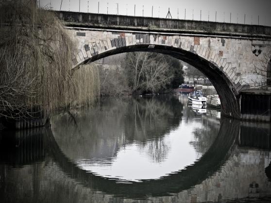 Bath - bridge closer