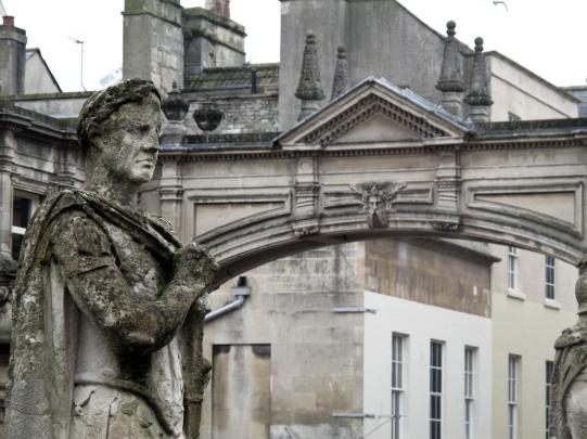Bath - statue